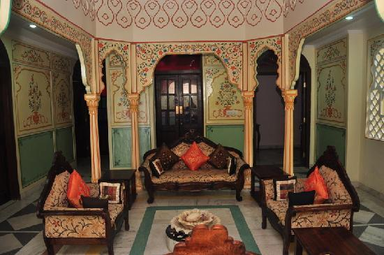5 'Offbeat' Stays In India I'd Like To Experience