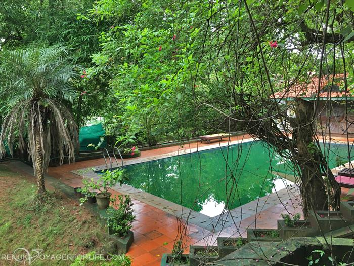IMG-Swimming pool resorts in India