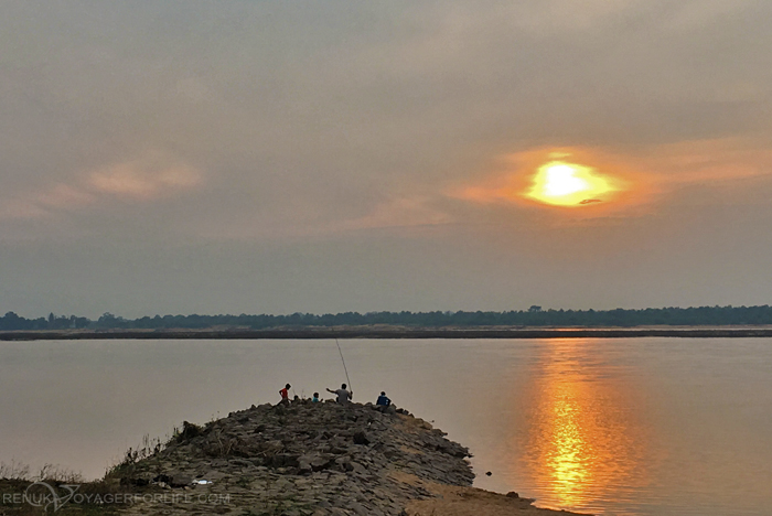 IMG-Banks of Mahanadi