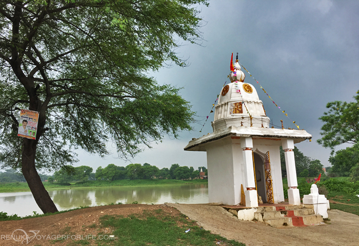 IMG-White temples of Chhattisgarh
