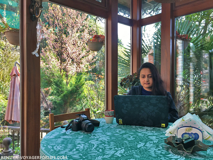 IMG-Solo female travel bloggers in India