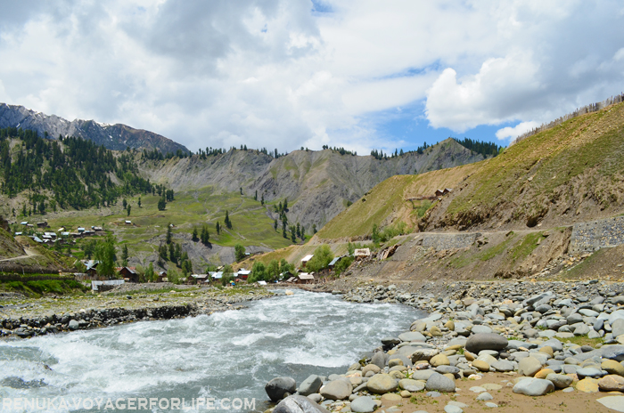 IMG-The valleys of Kashmir