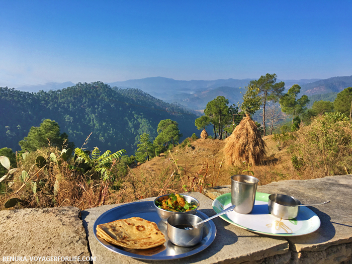 IMG-Breakfast with the mountain views in Uttarakhand