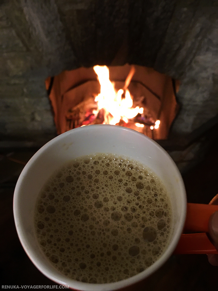 IMG-Hotels with fireplace in Uttarakhand