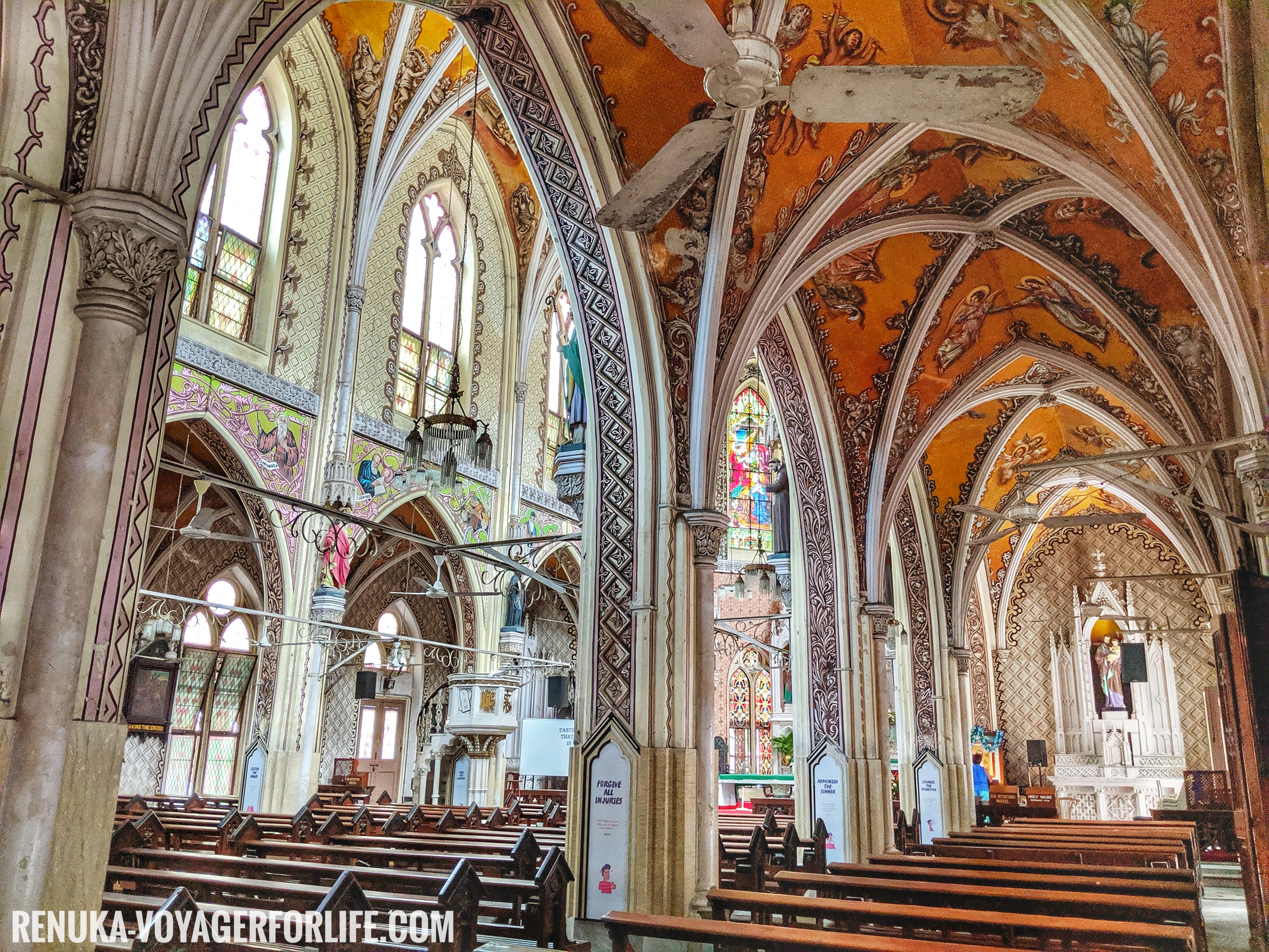 IMG-Cathedral of the Holy Name South Mumbai