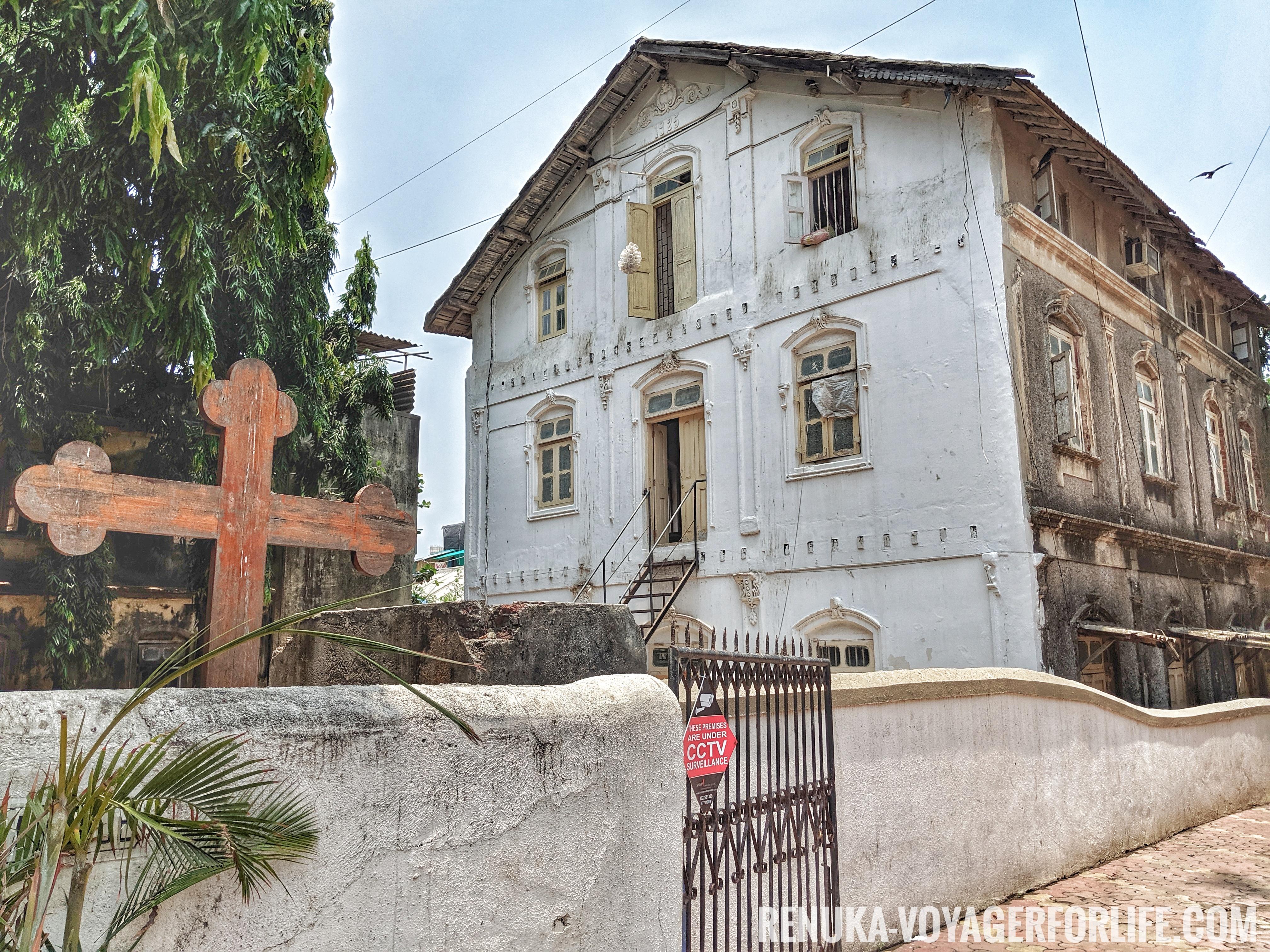 IMG-Chimbai Village Bandra Mumbai