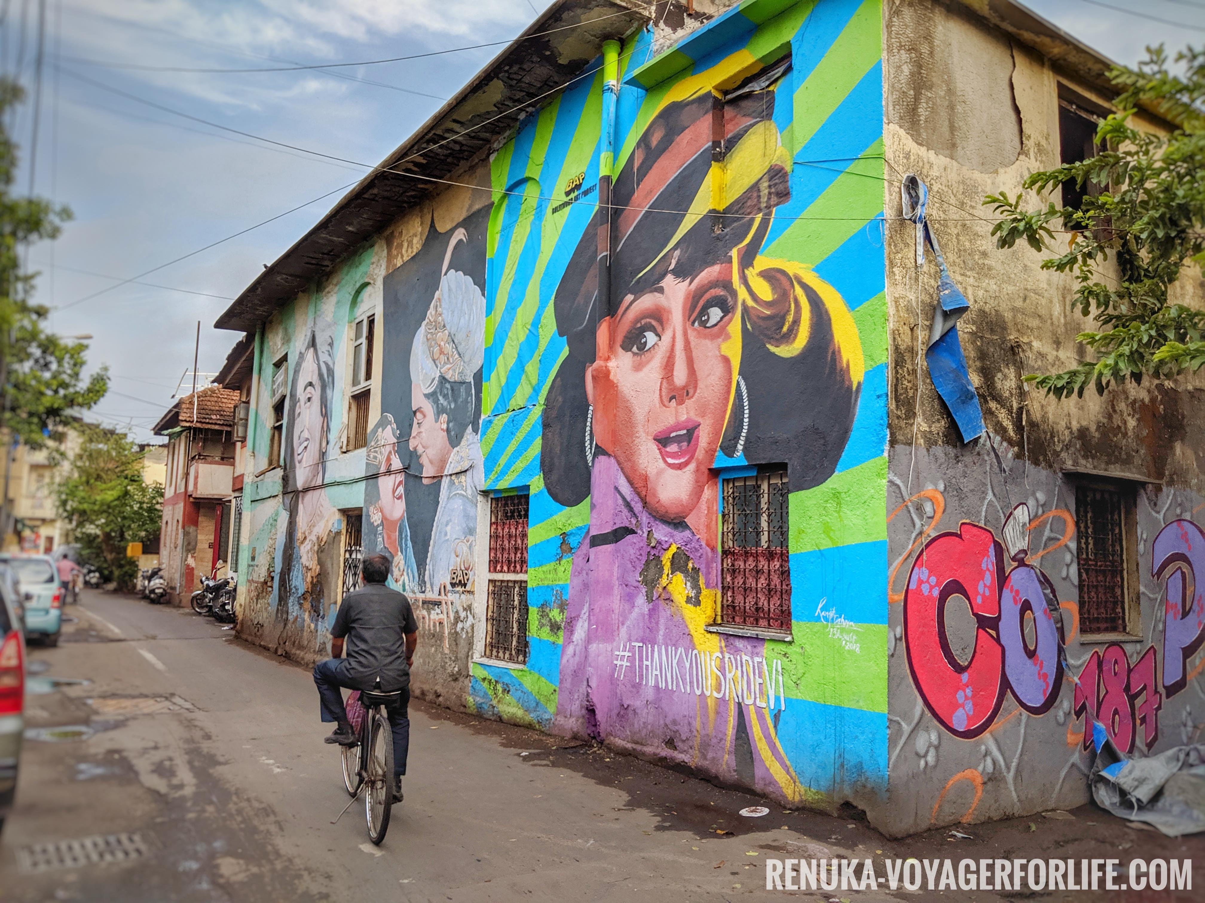 IMG-Ranwar Village Bandra Mumbai